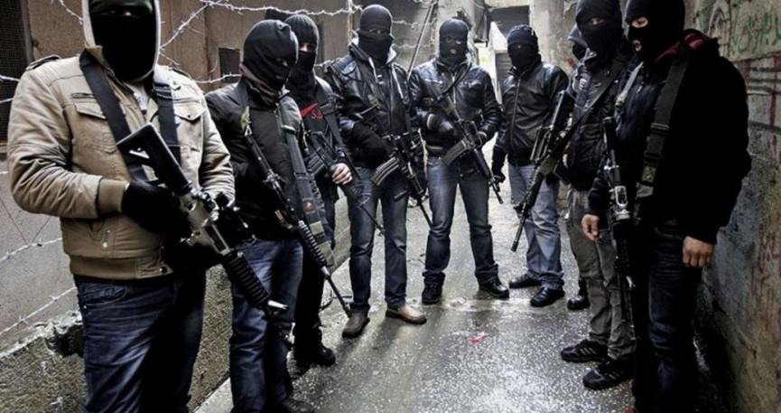 """القتل في الضفة.. فلتان يتزايد و""""أمن"""" مشغول بالاعتقال السياسي"""