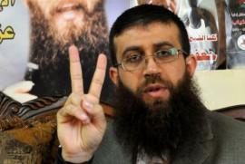 خضر عدنان: الاحتلال عزلني ويمنع المحامي من زيارتي