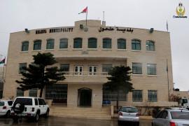 اعتداء على أحد موظفي الأمن في بلدية حلحول
