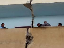 مبنى آيل للسقوط في مدرسة ذكور الظاهرية