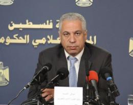 """الوزير شوقي العيسه   يكشف المستور  """"حول رواتب الوزراء"""""""