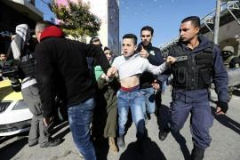الشهداء ما بين سوط السلطة وبارودة الاحتلال