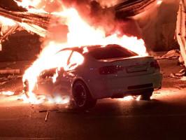 ألقى مجهولون زجاجة حارقة على مركبة تعود للمواطن / محمد يامين
