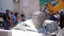 الشرطة : اليوم تم إتلاف 92 مركبة غير قانونية تم ضبطها في ضواحي القدس المحتلة.