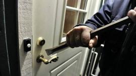 سرقة 55 الف شيكل من منزل عفيف طميزه