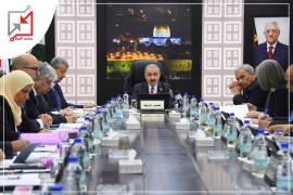 في سابقة خطيرة .. الحكومة الفلسطينية تسن قانون يعاقب من يطالب بفضح الفساد