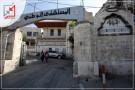 عشرة أشخاص يعتدون على طبيب في المستشفى الوطني بنابلس ثم يلوذون بالفرار