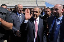 لماذا يراقب ماجد فرج وحسين الشيخ كل تحركات الحكومة ؟