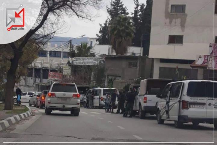 إصابة مواطن جراء شجار عائلي في مخيم بلاطة شرق نابلس بعد تبادل لإطلاق النار .