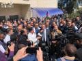 اعتصام للاطباء في رام الله مطالبين بزيادة الرواتب