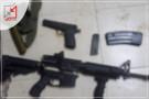 سياسة السلاح الدوار تفتح باب الفلتان الأمني بالضفة .