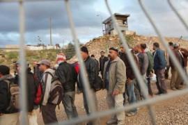 ايقاف المقاصة يقابله ارسال العمال لاسرائيل كرد فعل من السلطة
