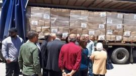 محافظ نابلس استلم 2000 طرد غذائي لكن التوزيع لا يصل للمحتاجين !