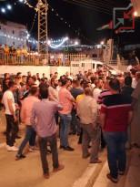 أصحاب محلات تجارية ينظمون وقفة في طوباس؛ للمطالبة بالسماح لهم بفتح محلاتهم بعد الإفطار