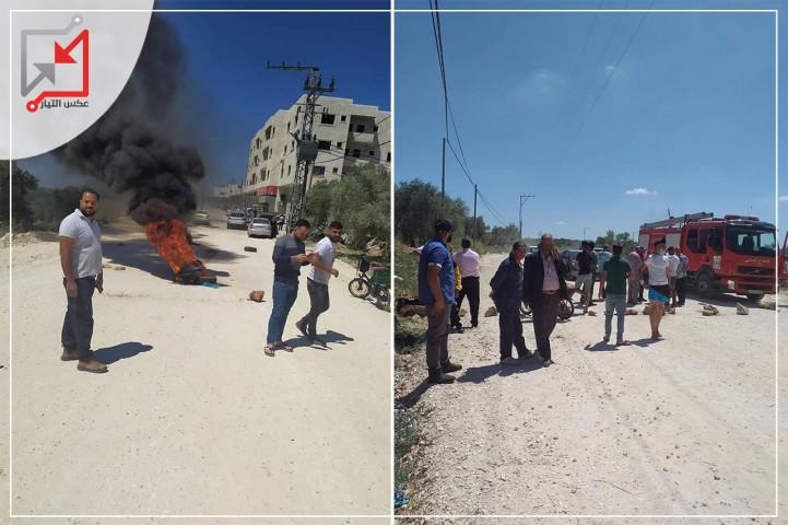 احتجاجات في قرية فرخة بسلفيت بسبب المماطلة في تنفيذ تاهيل الشارع الرئيسي