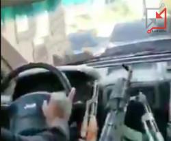 العسكري/ رمزي سامي سعيد زباره يطلق النار ي الهواء