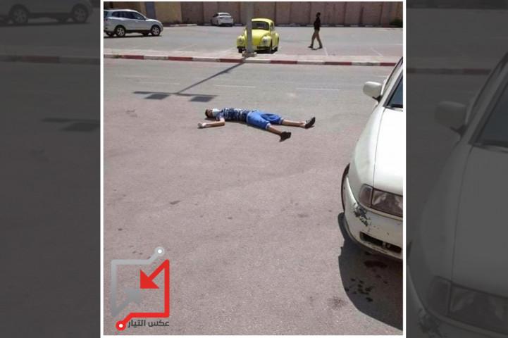 الطفل عايش أبو عايش مصاب بكورونا ترك ملقى على الارض لمدة ثلاثة ياعات منتظرا الاسعاف