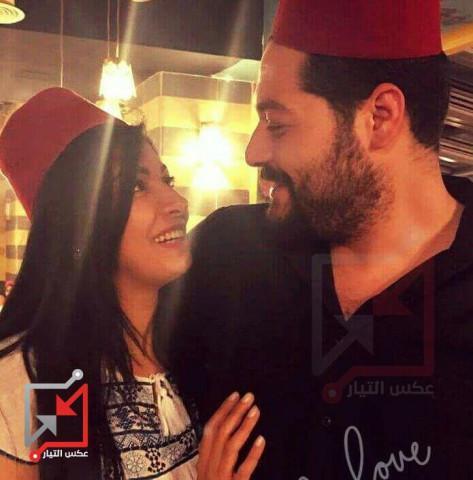 هل أحمد روحي فتوح وزوجته رينا أولى من مرضى الشعب حتى يعالجوا مجاناً على نفقة السلطة