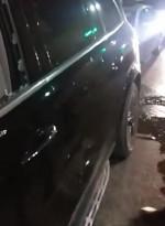 السياره التی تعرضت لإطلاق نار في مدينة الخليل واصابه من بداخلها برصاص
