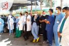 مستشفى المقاصد يوقف استقبال المرضى عدا الطارئة بسبب تقاعس الادارة في توفير المستلزمات الطبية وتوفير رواتب الموظفين المتراكمة.