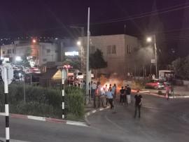 أصحاب الأكشاك في طوباس يحتجون على قرار البلدية