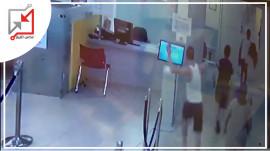 العسكري موسى أبو الليل يعتدي على الأطباء في المشفى الوطني