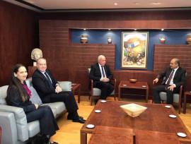 السفير وبنت انتصار...والسفارة في قبرص