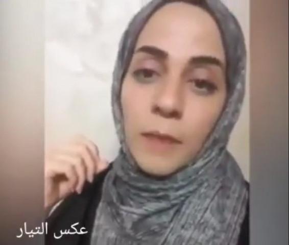 زوجة الصحفي عبد الرحمن ظاهر تحمل السلطة المسؤولية عن حياة زوجها بعد تدهور حالته الصحية