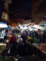 أسواق نابلس تكتظ بالمواطنين قبيل الإغلاق الذي أعلنت عنه الحكومة