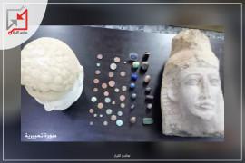 الأجهزة الأمنية تضبط عشرات القطع الاثرية في نابلس ولكن