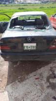 شجار في روجيب وتم تحطيم سيارات واصابة عدد من الأشخاص