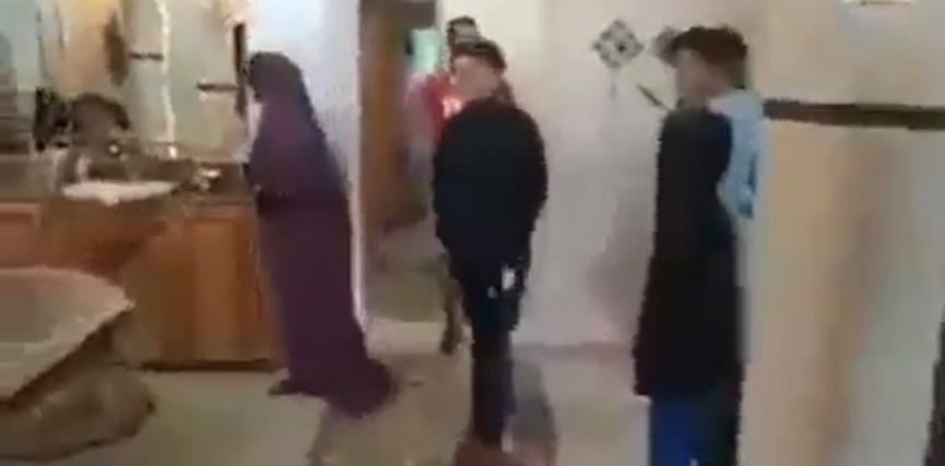 والدة الشاب أحمد منتصر شلبي الذي اعتقله الاحتلال أمس تقول: أنا طردت السلطة مبارح