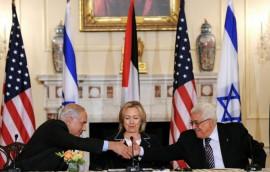 بطلب من أمريكا تجهز عباس وجهز حسين الشيخ لكي يبدء بالمفاوضات مع حكومة الاحتلال الجديدة