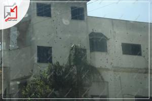 قام مجهولون بإطلاق النار على منزل المواطن أحمد شحادة محمود الواقع في مخيم الفارعة بمحافظة طوباس