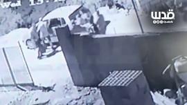 تسجيلات كاميرات المراقبة التي تكشف عملية اعتقال واغتيال الناشط نزار بنات