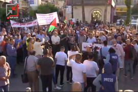 فيديو من المسيرة وسط رام الله، في  اربعينية نزار للمطالبة بتحقيق العدالة والقصاص من القتلة .