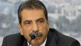 الطيراوي يهاجم السفير الفلسطيني في اليونان بسبب اتحاد العمال