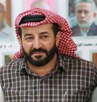 نقل الاسير المحرر  ماهر الأخرس لقسم الطوارئ في مجمع فلسطين الطبي بعد الاعتداء عليه بالضرب