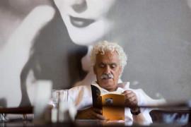 الشاعر الفلسطيني زكريا محمد: السلطة الفلسطينية تخشى على وجودها وأصبحت غير واثقة من نفسها