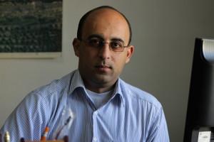 غسان يدان بقضية فساد ويحكم عليه بالسجن في الوقت الذي يكرم فيه الفسدة الحقيقيون