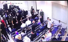 أُجلت المحاكم قبل تلاوة التهمة لعدم حضور محامي المتهمين
