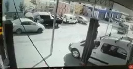إطلاق نار وإلقاء فنابل غاز من قبل مجموعة من المسلحين على كراج سيارات في بلدو بيتونيا برام الله.